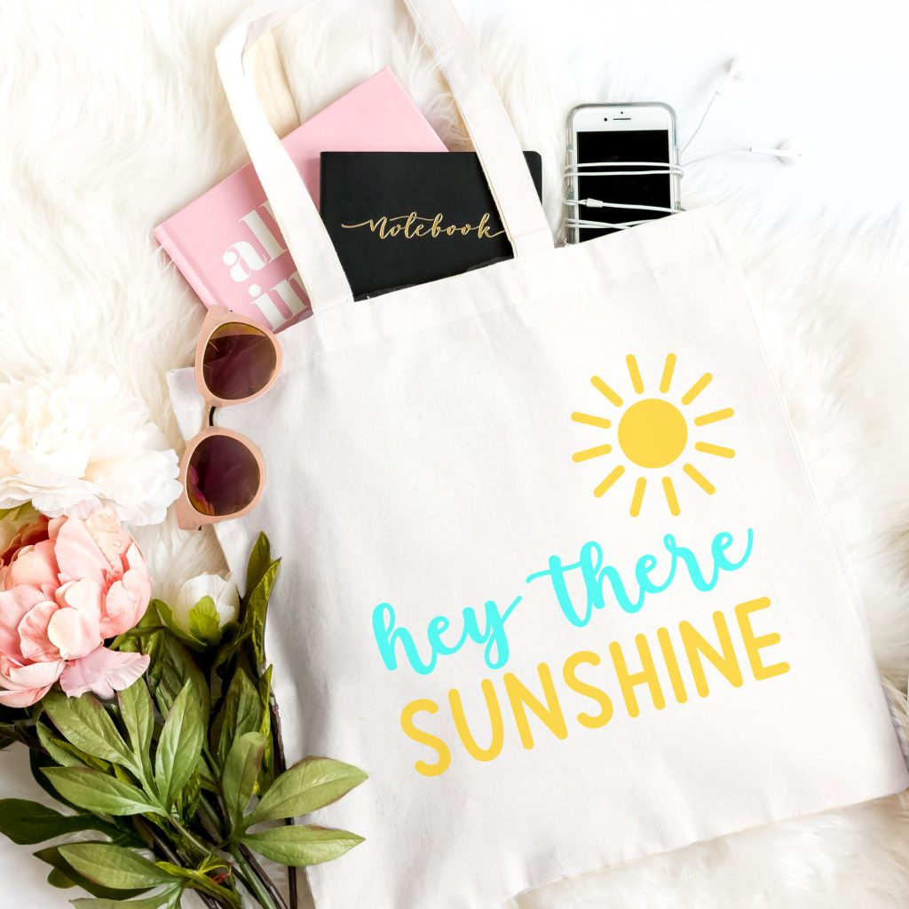 DIY  Hey There Sunshine Beach Tote, free svg file